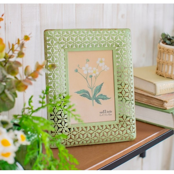Green Metal Floral Picture Frame